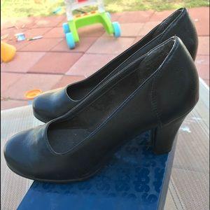 Aerosoles Black comfortable Heels